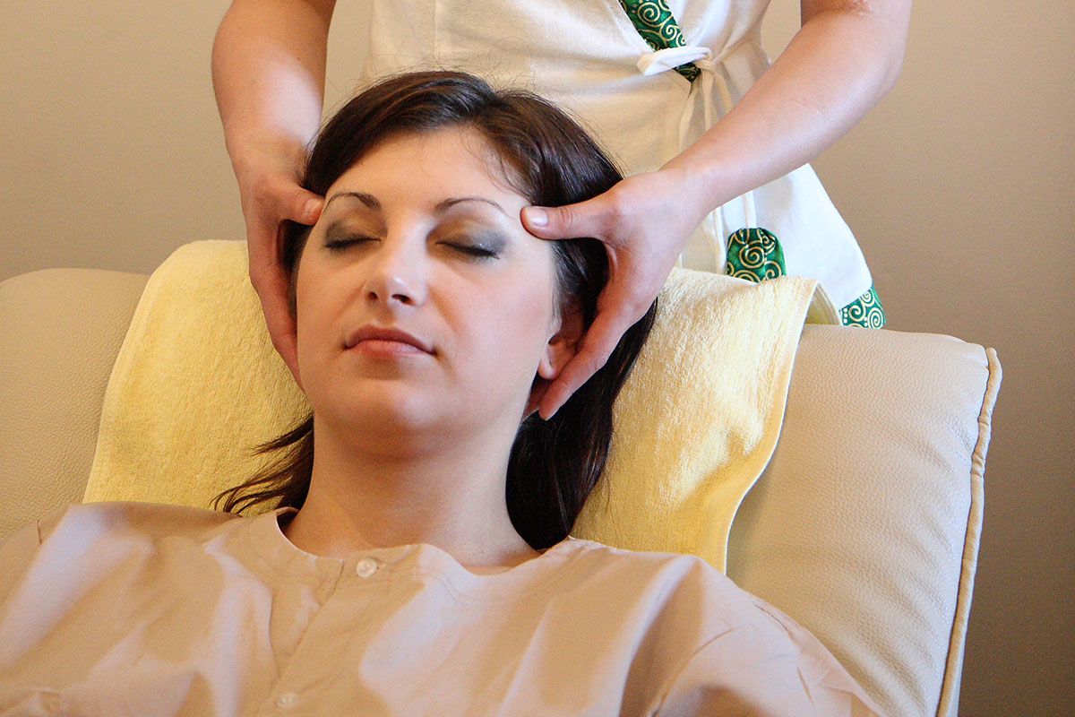 Thai Day Spa Treatments - Head, Neck & Shoulder